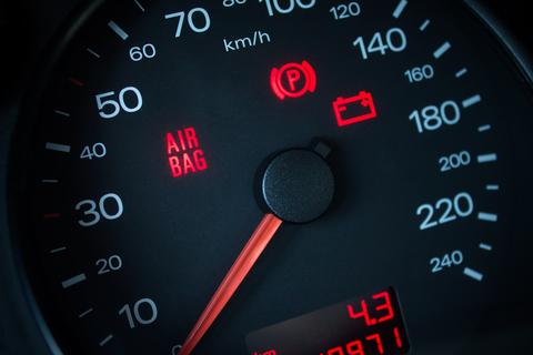 red-warning-lights-on-dashboard